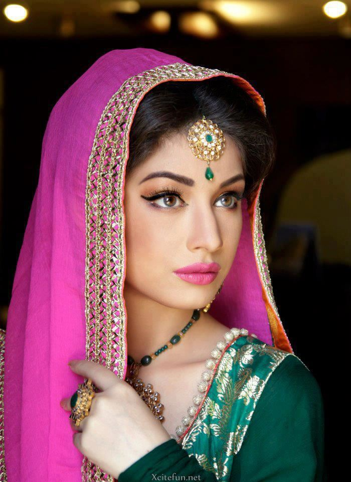 Sidra Batool Bridal Jewelry And Make Over Photos