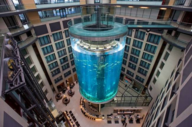 Worlds Largest Cylindrical Aquarium