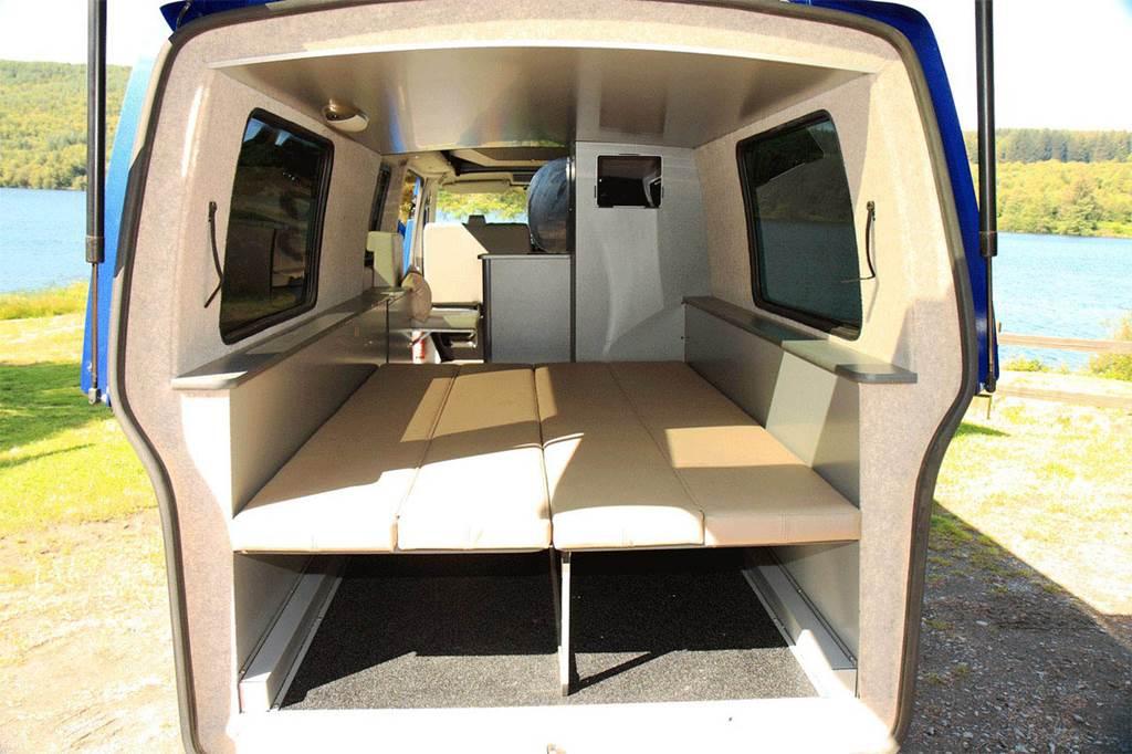 Volkswagen Doubleback Transporter T5 Campervan