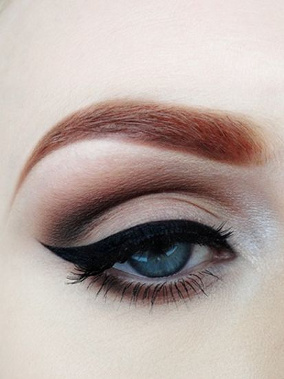 Winged Eyeliner Trends