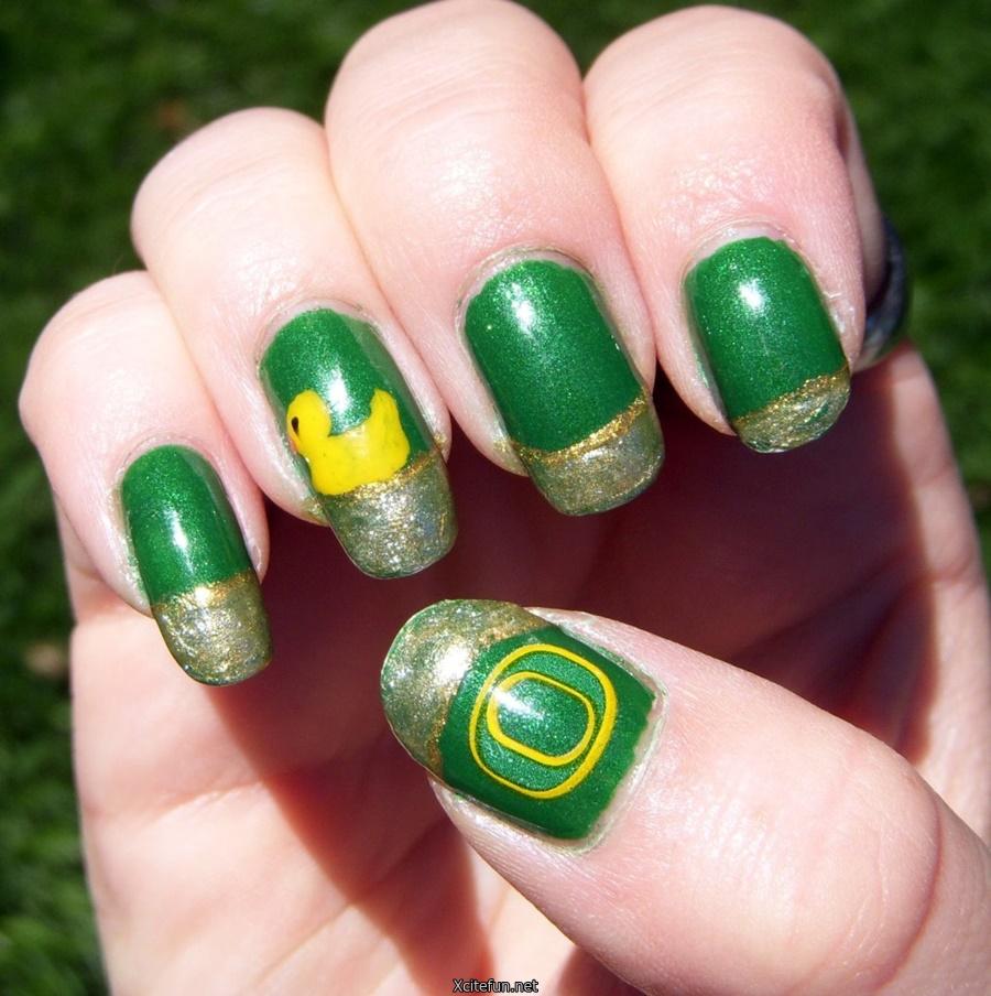 Polish Paint Art On Nails