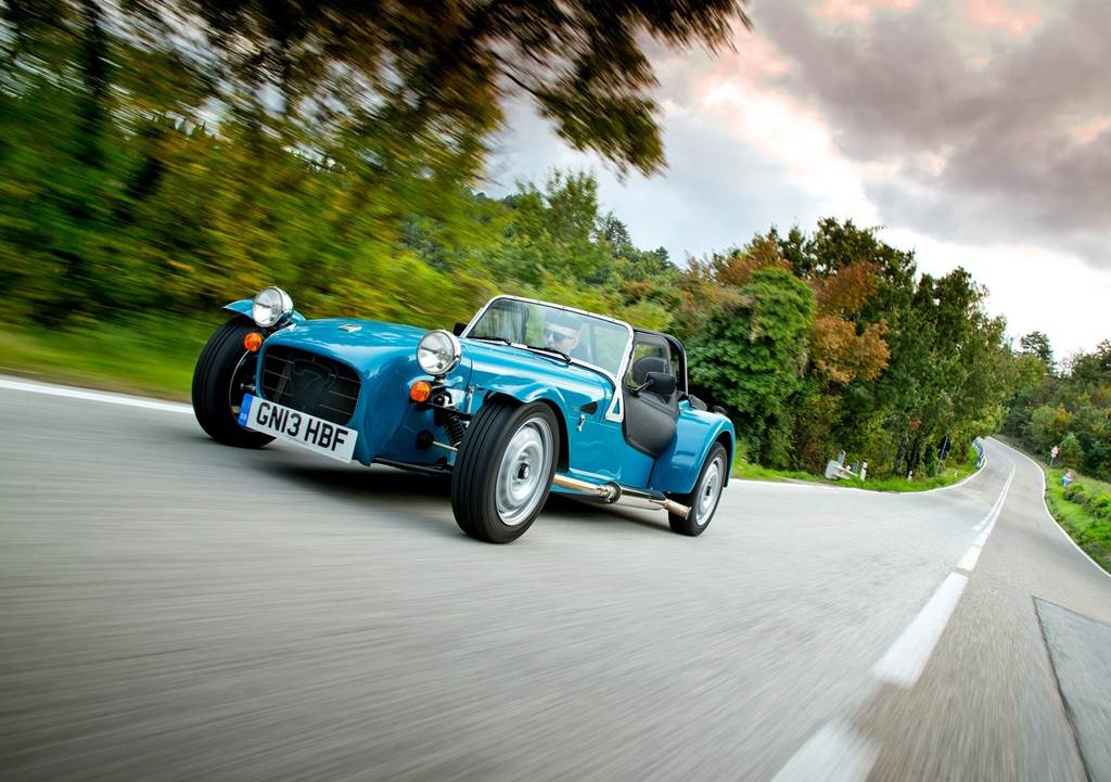 Caterham Seven 160  Car Wallpapers