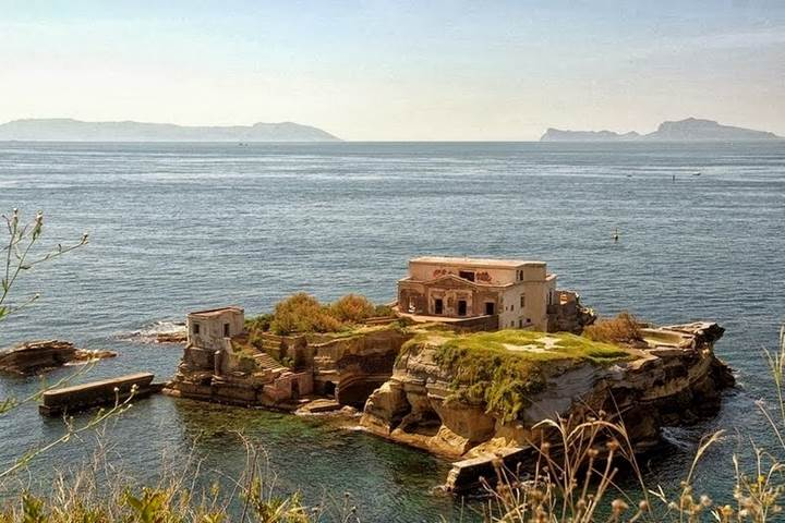 Gaiola Mini Island Italy