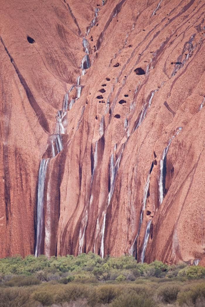 Uluru Raining Waterfalls Australia - XciteFun.net