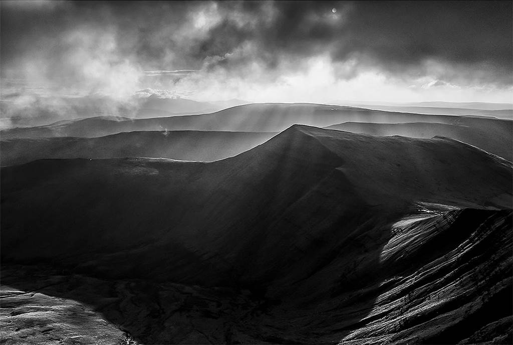 Mountain Range Black And White Snapshots - XciteFun.net