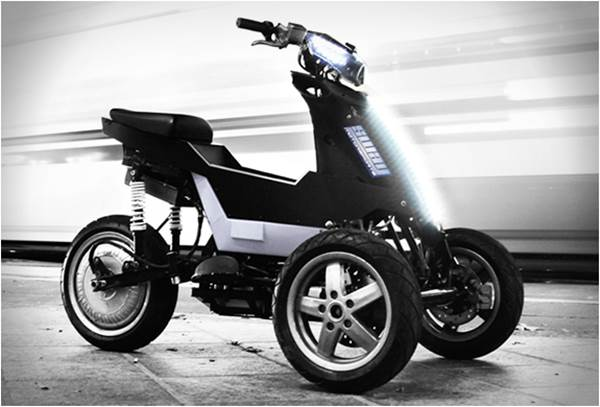 Compact Electric Three Wheeler  Sway Motorcycle