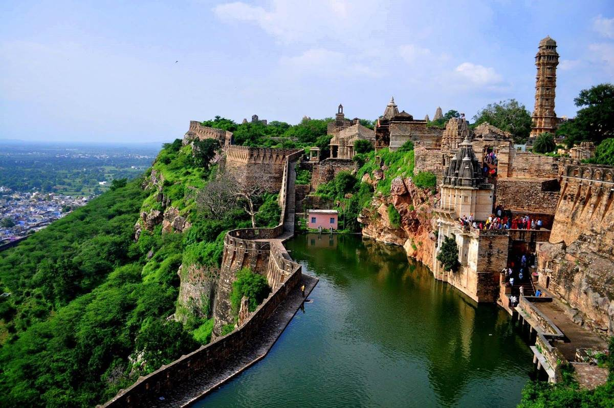 Chittorgarh India  city pictures gallery : chittorgarh fort largest indian fort chittorgarh fort largest indian ...
