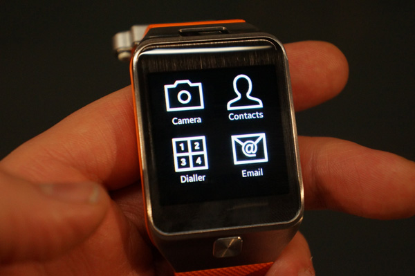 Samsung galaxy gear 2 review smartwatch gadgets