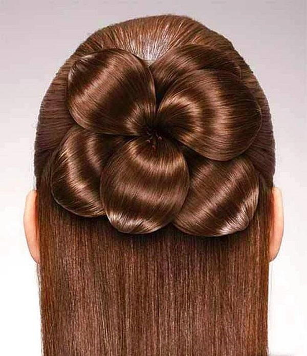 Trendy Daily News: New Trendy Hairstyle For Girls