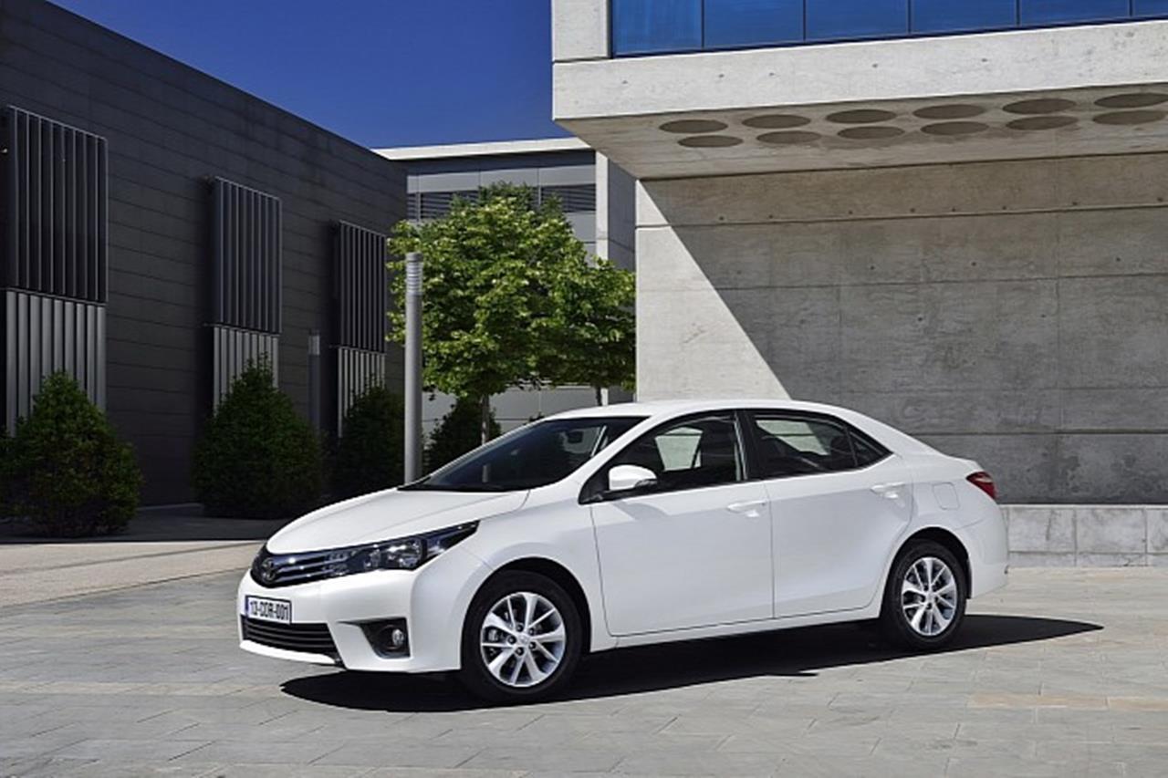 Toyota corolla altis grand pakistan car wallpapers image image image image image image