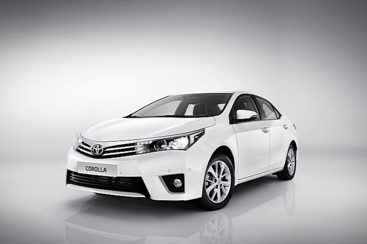 Toyota Corolla Altis Grande Pakistan 2014 Car Wallpapers