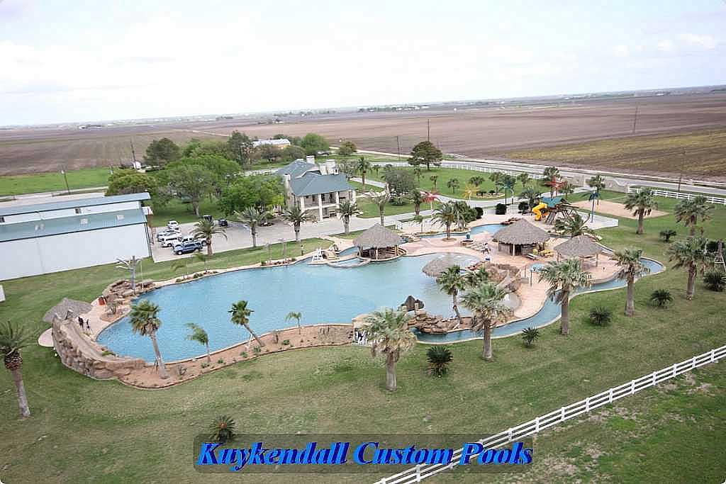 World 39 S Largest Backyard Swimming Pool In Texas