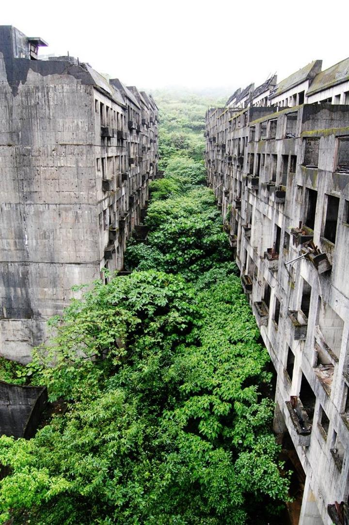 The most beautiful abandoned places in the world Prettiest places in the world