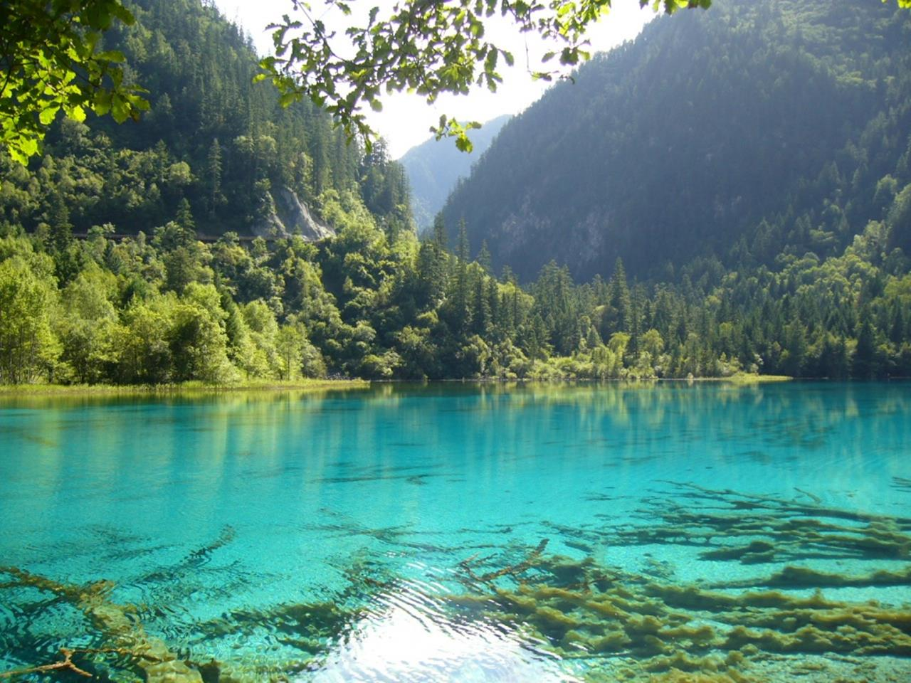 Tourist Guide To Jiuzhaigou National