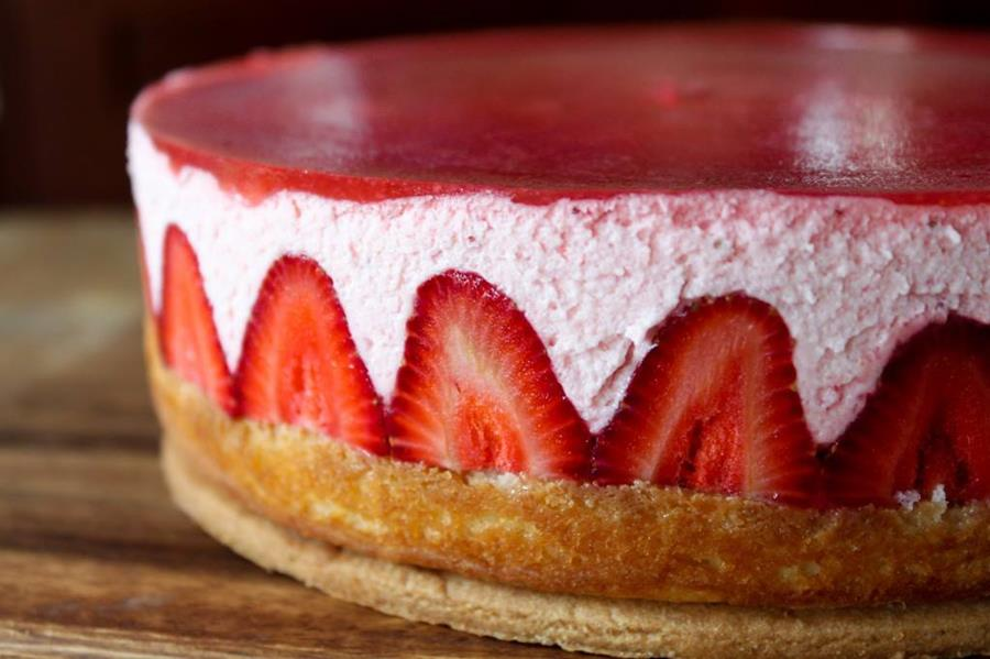 Strawberry Mousse Cake Filling With Jello