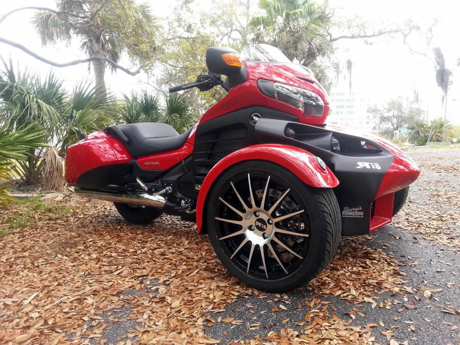 how to ride a goldwing trike