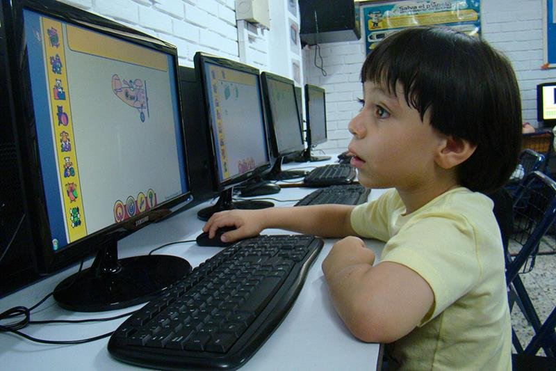 essay on importance of technology in todays world The role of information technology in today  role of ''information technology'' it in today's informed world  a lot importance of it i was.
