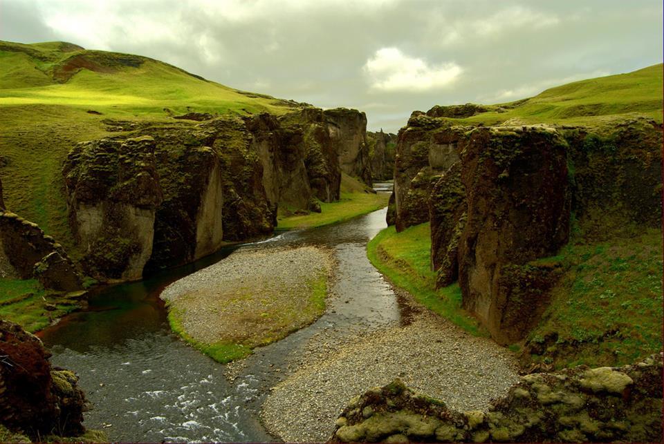 Fjaorargljufur Canyon - Popular Tourist Attraction Iceland - XciteFun.net