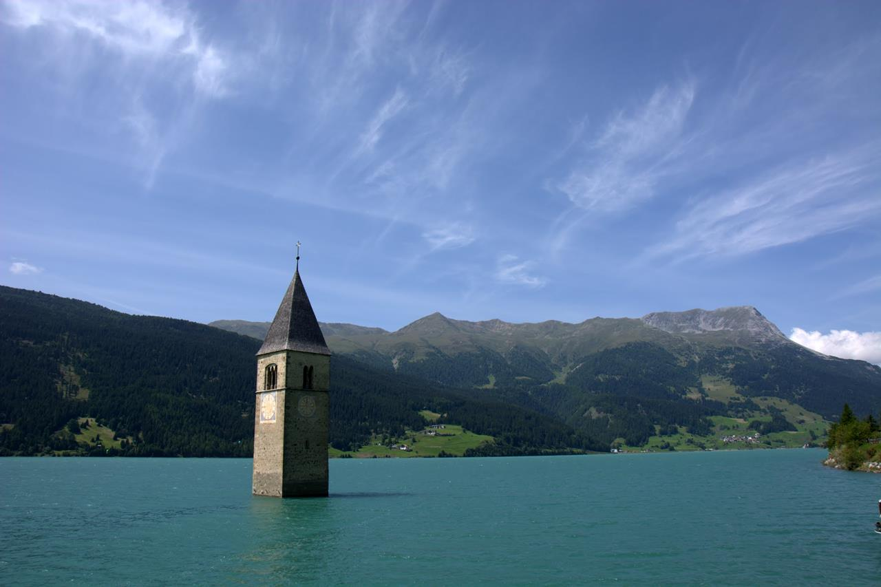 Tourist Guide To Resia Lake Italy Xcitefun Net