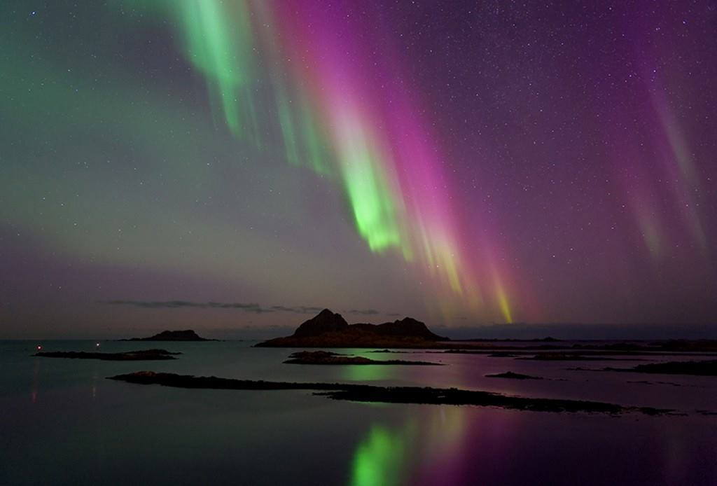 purple aurora borealis wallpapers x - photo #16