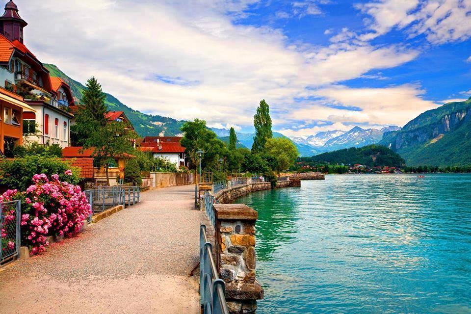Switzerland Seasonal Beauty For Tourists