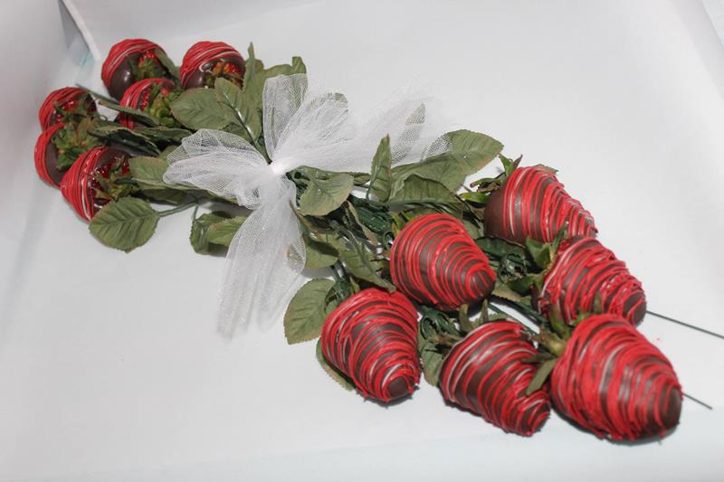 Edible Strawberry Rose Bouquet