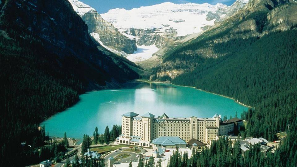 Lake Louise Travel Guide