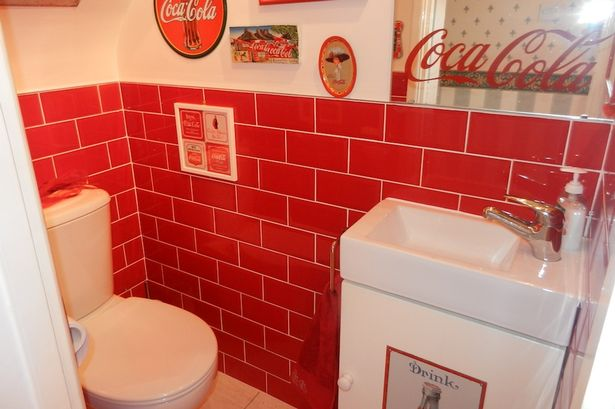 Charmant Red And White House Decoration Inspired By Coca Cola XciteFun Net