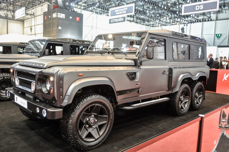 Land Rover Defender With Six Wheels Xcitefun Net