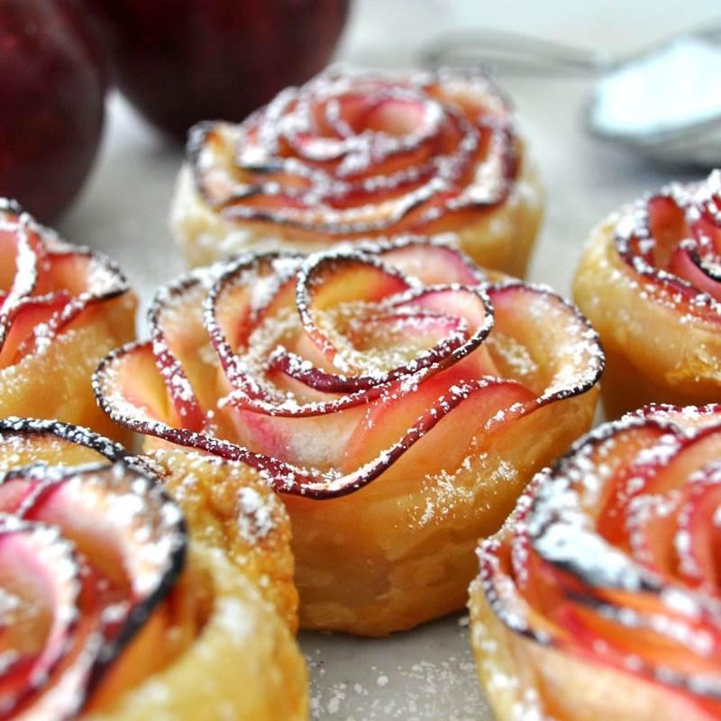 Yummy rose dessert for romantic dinner for Romantic food