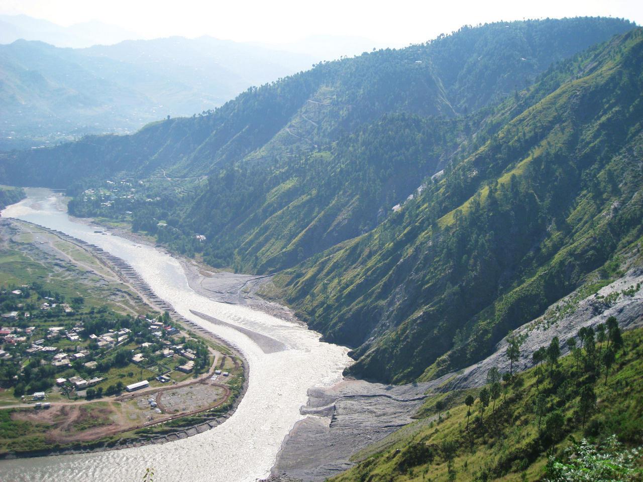 Travel Guide Neelum River Muzaffarabad Xcitefun Net