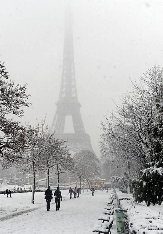 Best Season To Visit Eiffel Tower Xcitefun Net