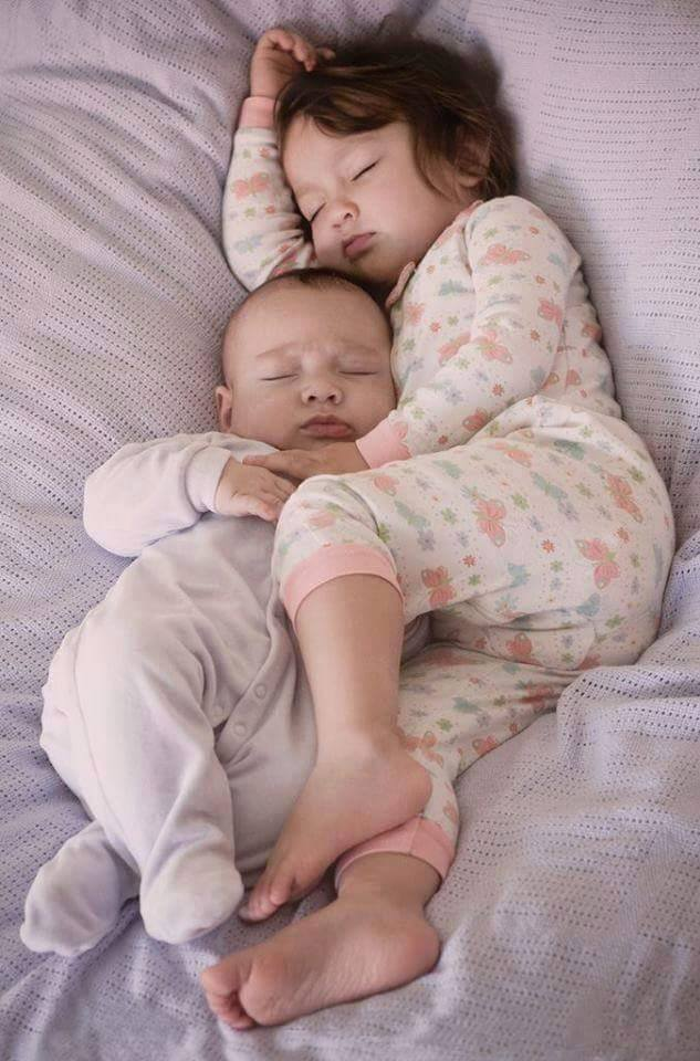 Cute Sibling Images Full of Love