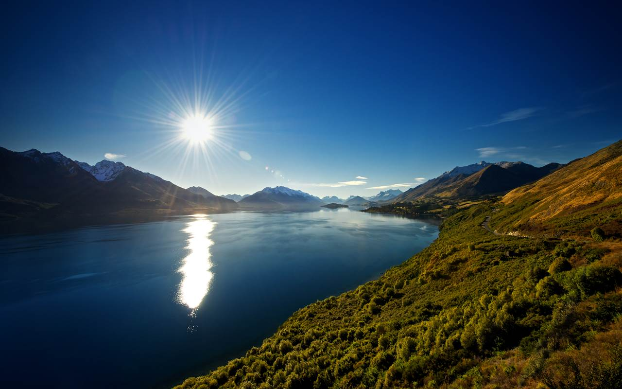 Travel Guide To Lake Wakatipu New Zealand