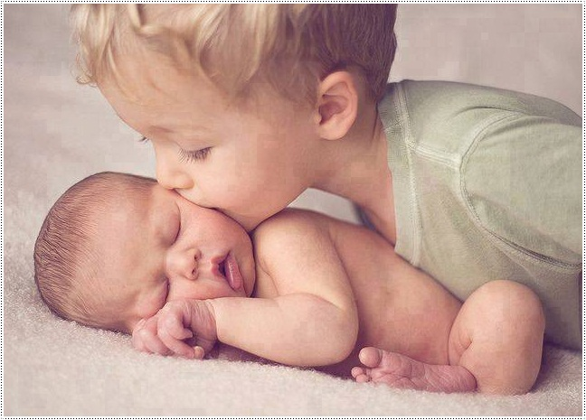 Siblings A World Full of Love