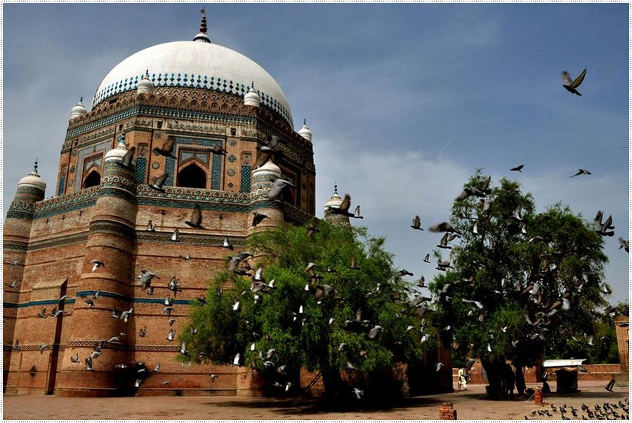 Top Monuments of Pakistan