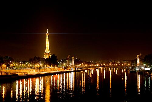 A Romantic Tour of Paris